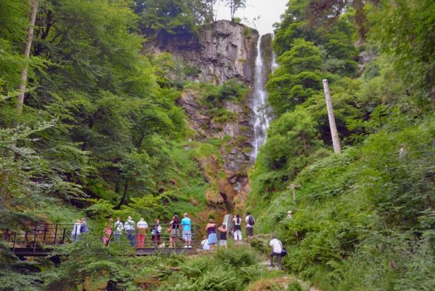 pistyll-rhaeader-waterfall-galles